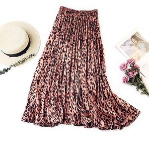 Dresses & Skirts - Rose Gold Pleated Leopard Skirt